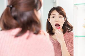歯ブラシだけでは磨きのこしがいっぱい